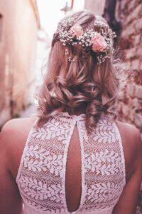 Die Frisur einer Braut